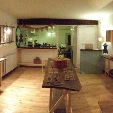 Boutique-Atelier de Elelta est ouvert à Najac – France !