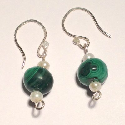 ELER105 - Sterling silver earrings with round malachite beads and freshwater pearls.