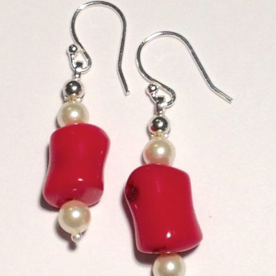 ELER153 - Sterling silver earrings with coral beads and freshwater pearls.