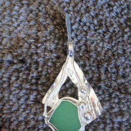 Pendant – Sterling silver reticulated sea glass