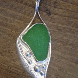 Pendant – Sterling silver with sea glass