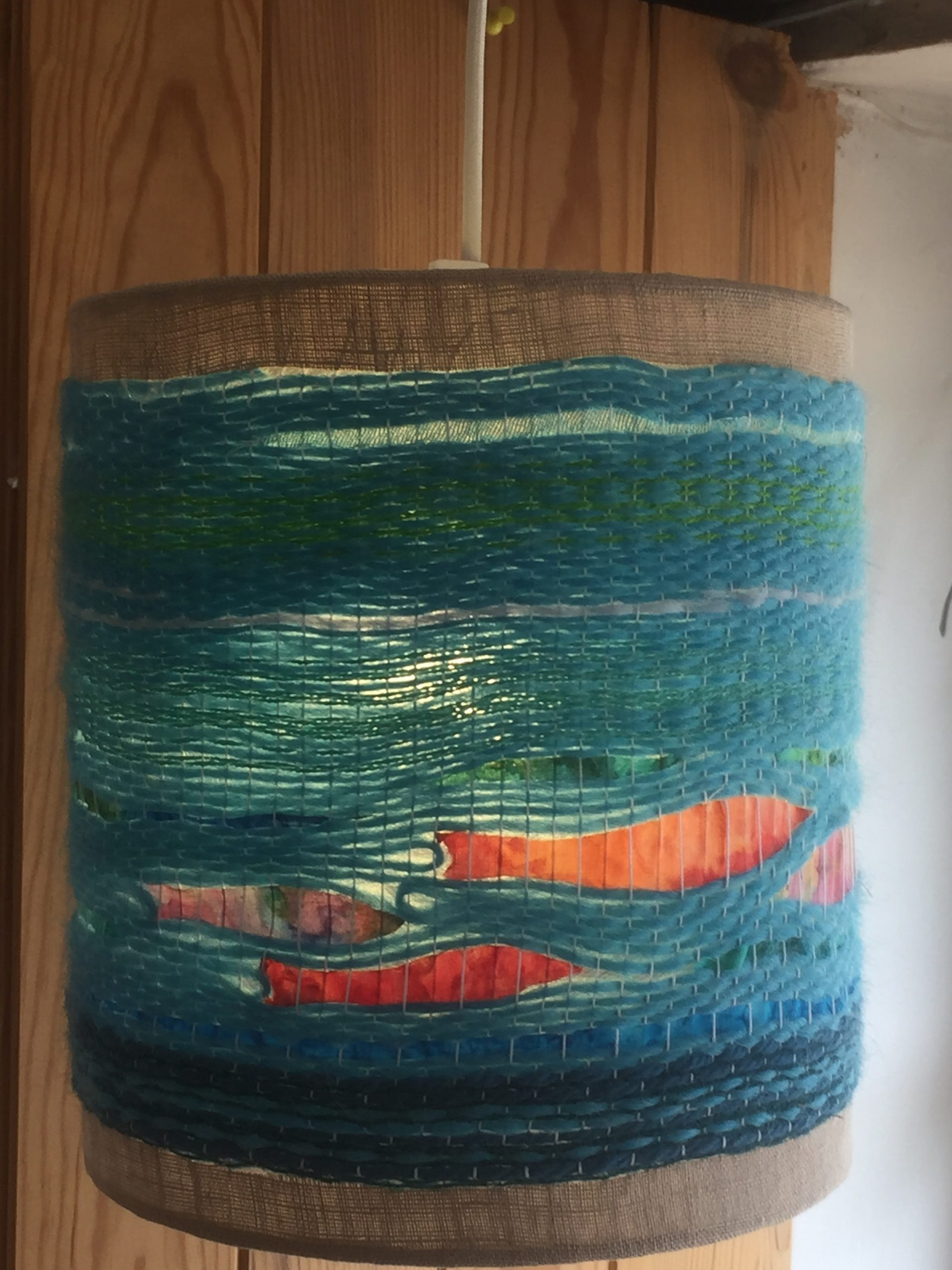 Lampshade with water and fish design. 36€ (2 / 2)