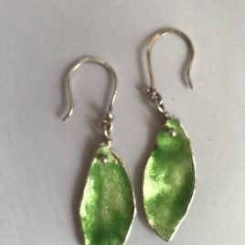 Earring – Sterling silver enamelled leaf