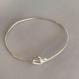 Bracelet – Sterling silver wire with tiny heart