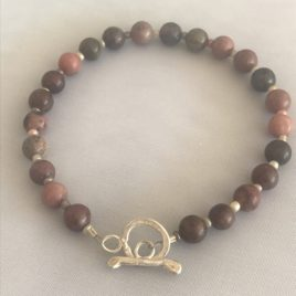 Bracelet – Sterling silver wire with rhodonite beads