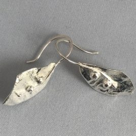 Earring – Sterling silver reticulated leaf