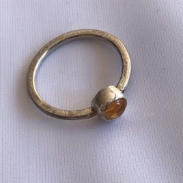 Ring – Sterling silver with citrine stone set