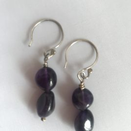 Earring – Sterling silver with amethyst beads