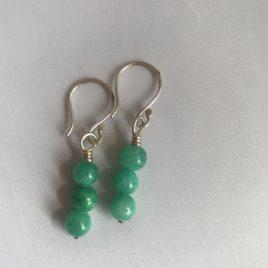 Earring – Sterling silver with aqua quartz blue beads