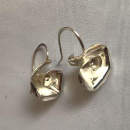 Earring – Sterling silver rose